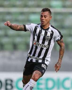 Chileno Vargas, do Atlético-MG, é diagnosticado com Covid-19