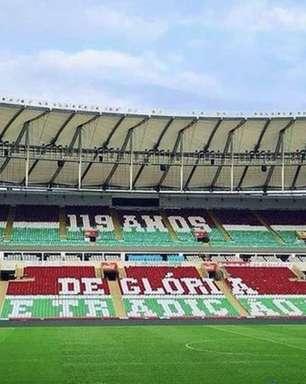 Torcida faz mosaico em homenagem ao aniversário do Fluminense para jogo com o Cerro na Libertadores