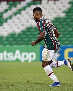 Luccas Claro lamenta derrota do Fluminense, mas ressalta dificuldade do Grêmio: 'Não dá para desmerecer'