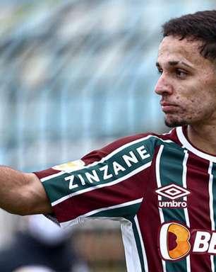 Gabriel Teixeira renova o contrato com Fluminense até fim de 2025