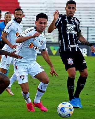 Suspenso por apenas um jogo, Abel Hernández está livre para atuar no duelo entre Fluminense e Palmeiras
