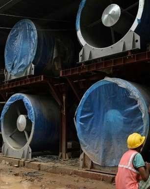 Especialistas questionam projeto de ventiladores gigantes para melhorar ar de Nova Délhi