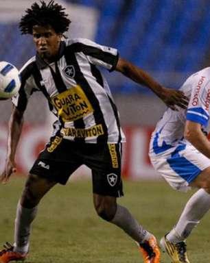Botafogo é condenado a pagar R$ 600 mil a Cortez, do Grêmio, em até 48 horas e sofre risco de penhora