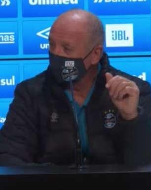 """GRÊMIO: Felipão defende trabalho realizado e pede calma para equipe 'fazer o dever': """"Não adianta sonhar em sair para cima do adversário nas condições atuais"""""""