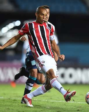 Miranda projeta duelo diante do Flamengo e destaca momento do São Paulo: 'No caminho certo'