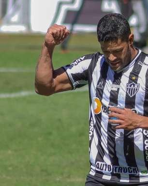 Hulk faz 2, Atlético bate Bahia e segue na cola do Palmeiras