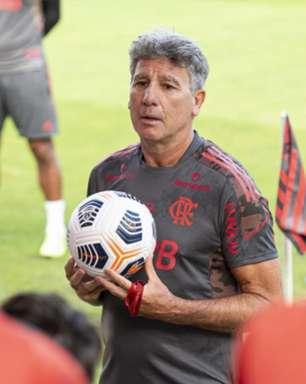 Com surpresa na defesa, Flamengo está definido para jogo contra o São Paulo; veja escalação