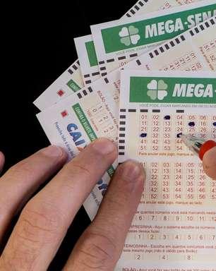 Mega-Sena: sorteio acumula e pode pagar R$ 12 milhões