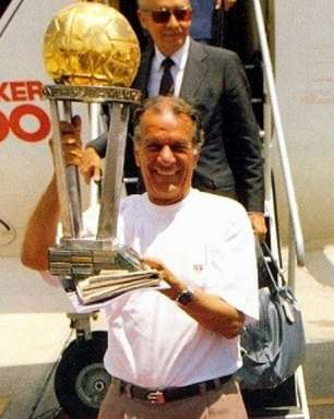 Há 90 anos, nascia Telê Santana, ídolo do São Paulo; Clube prestou homenagem ao ex-treinador