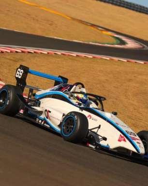 Com pole aos 14 anos, Pedro Clerot quebra recorde no automobilismo brasileiro