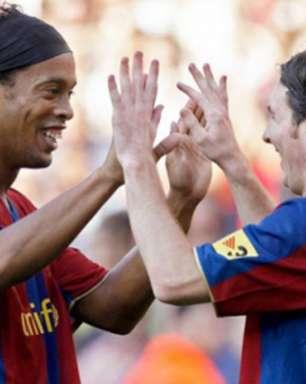 Ronaldinho Gaúcho comenta situação de Messi no Barcelona: 'Tem que ficar'