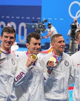 Brasil fica em último na final do 4x100m da natação no Japão
