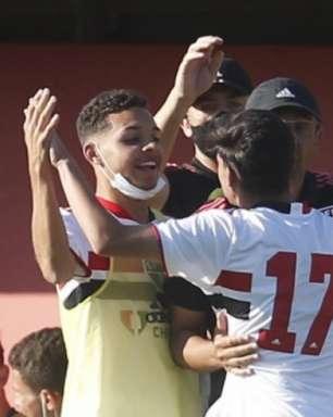 Sub-17: Menta vê disputa pela semi do Brasileiro aberta e valoriza dedicação do São Paulo
