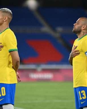 Dani Alves diz que Olimpíada é maior que Copa do Mundo, fala que Seleção é sua prioridade, e dispara: 'Não existe patriotismo no Brasil'