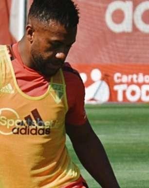 Luan treina com o elenco e pode ser novidade no São Paulo contra o Vasco