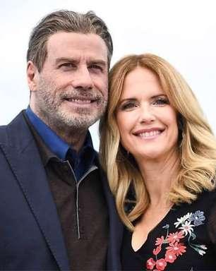 John Travolta homenageia estreia do último filme da esposa