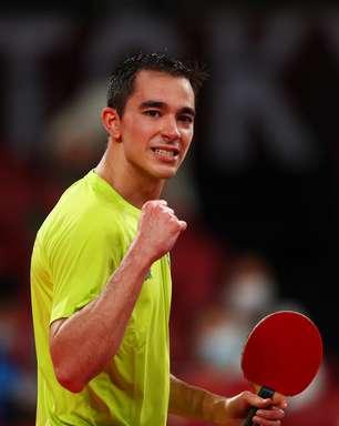 Hugo Calderano também avança às oitavas no tênis de mesa