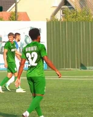 Vicente comemora acerto com o FC VPK-Ahro: 'Acreditei no projeto do clube'