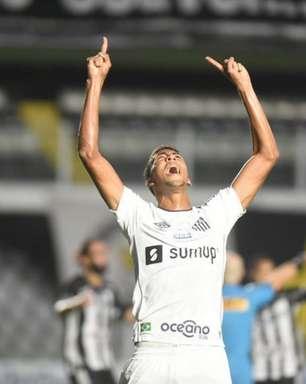 Bruno Marques volta a ser relacionado aos jogos do Santos