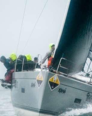 Xamã supera condições adversas, vence a 3ª regata e lidera Semana de Vela de Ilhabela
