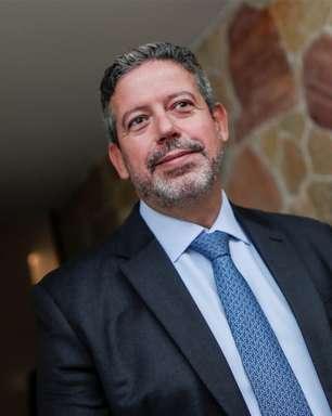 Mudanças no IR e privatização dos Correios devem ser votadas semana que vem, afirma Lira