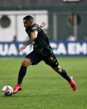 Felipe Azevedo exalta chegada de novos reforços: 'A disputa interna vai ser grande'