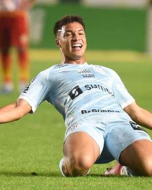 Santos embala no segundo tempo e goleia a Juazeirense pela Copa do Brasil