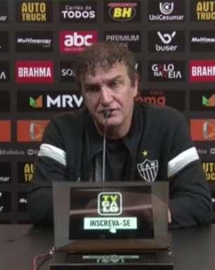 """ATLÉTICO-MG: Cuca nega 'Hulkdependência' ao falar da boa fase do atacante: """"Não importa quem faça os gols"""""""