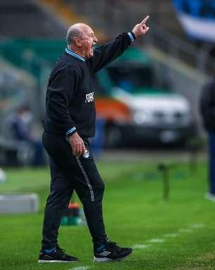 Felipão comenta dificuldade do Grêmio para conseguir reforços