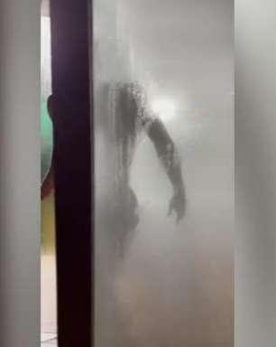 Atlético: Hulk mostra processo de recuperação com sauna e gelo