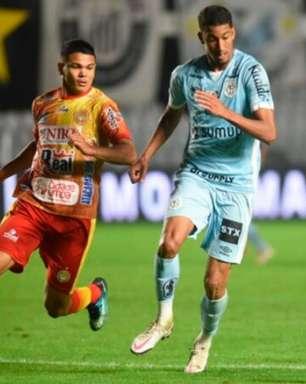 Fernando Diniz comenta a volta de Bruno Marques ao time do Santos