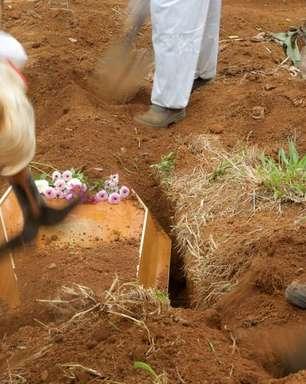 Brasil registra mais 1.318 mortes por Covid e total vai a 554.497