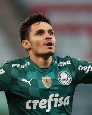 No Bola da Vez, Raphael Veiga revela sua rotina para bater pênaltis no Palmeiras: 'Quando pego a bola já estou decidido'