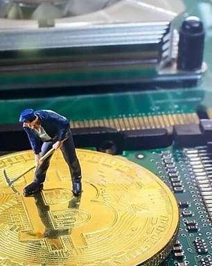 Após restrições na China, mineradores de bitcoin estão voltando à ativa