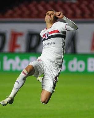 São Paulo vence o Vasco e sai em vantagem na Copa do Brasil
