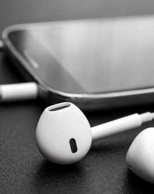 Veja como limpar fones de ouvido