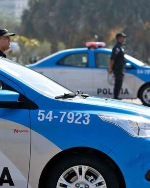 Polícia prende ex-vereador acusado de comandar milícia no RJ