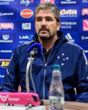 Pastana fala sobre saída de Mozart, que pediu demissão do Cruzeiro