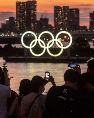 Acusado de importunação sexual, esgrimista dos EUA usa máscara diferente da equipe nas Olimpíadas