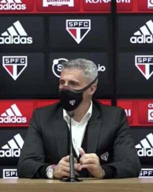 """SÃO PAULO: Crespo elogia Rigoni pela boa campanha que ele tem apresentado desde a sua chegada: """"Estamos todos muito felizes com ele"""""""