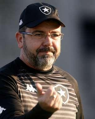 Enderson Moreira elogia elenco do Botafogo e destaca capacidade de superação: 'Enfrentar as dificuldades'