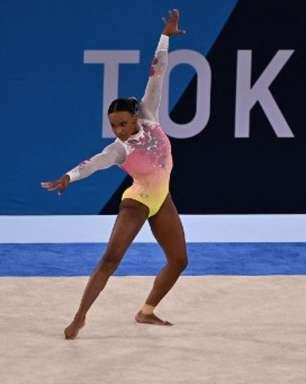 Rebeca Andrade vibra mesmo sem medalha no solo nos Jogos Olímpicos de Tóquio: 'Amo me apresentar'