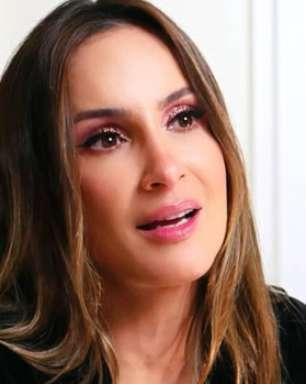 Claudia Leitte cai no choro ao falar da emoção de voltar a fazer shows presenciais