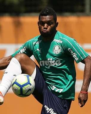 Fora dos planos do Palmeiras, Borja se aproxima de ida ao Grêmio