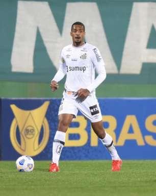 Luiz Felipe sente desconforto e pode ser problema para os próximos jogos do Santos