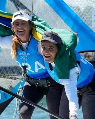 """""""Queremos inspirar outras meninas"""", dizem Martine Grael e Kahena Kunze após ouro"""