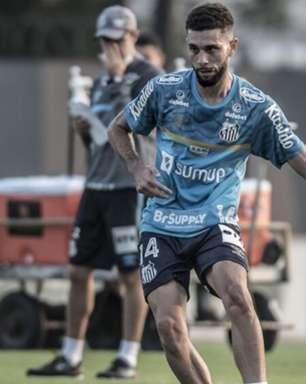 Wagner Leonardo volta ao Santos e recebe elogios de Fernando Diniz