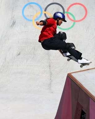 Estreia olímpica do skate park vira batalha de adolescentes com vitória de japonesas