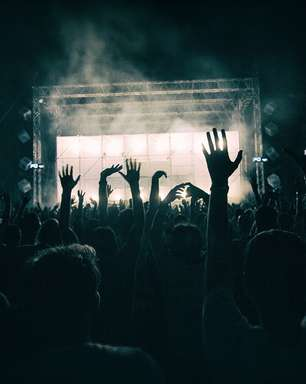 Live Nation nega que proíbe artista de divulgar que está com COVID