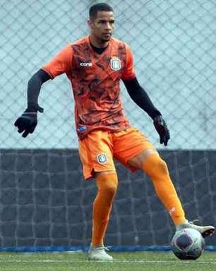 Jackson Curtes, goleiro do São Caetano, projeta estreia no Paulistão sub-20 e afirma: 'Me sinto preparado'